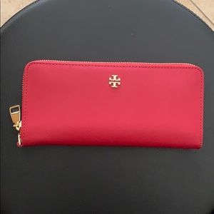 Tory Burch Robinson Red Wallet Wristlet